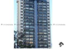 Apartamento amplo edifício Casa Grande