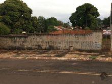 Terreno todo murado