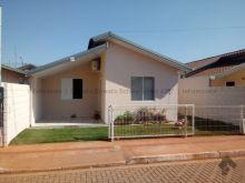 Casa em condomínio