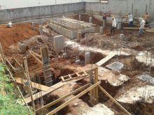 Lote para construção de empresa