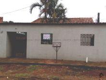 Terreno amplo - casa com dois quartos