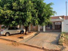 1 suíte e 2 quartos - 450 m² de área total