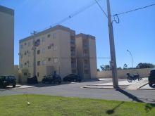 Lindo apartamento com sacada e planejados