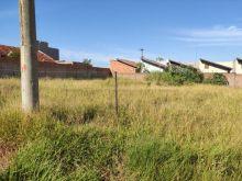 Dois terrenos no bairro Jardim Antártica