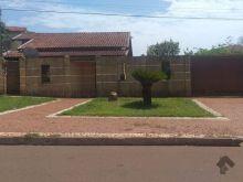Casa com 600m² de terreno