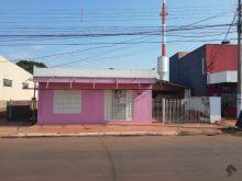 Salão comercial e residência anexa