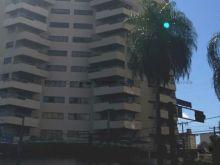 Edifício Leblon com 4 suítes e permuta por imóveis