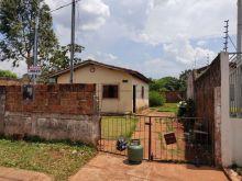 Casa simples bom terreno