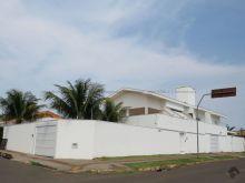 Sobrado no bairro Jardim TV Morena